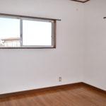 2階洋室4.5帖 (子供部屋)