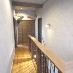 二階階段ホール
