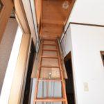 2階屋根裏収納