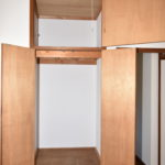 2階洋室の収納(内装)